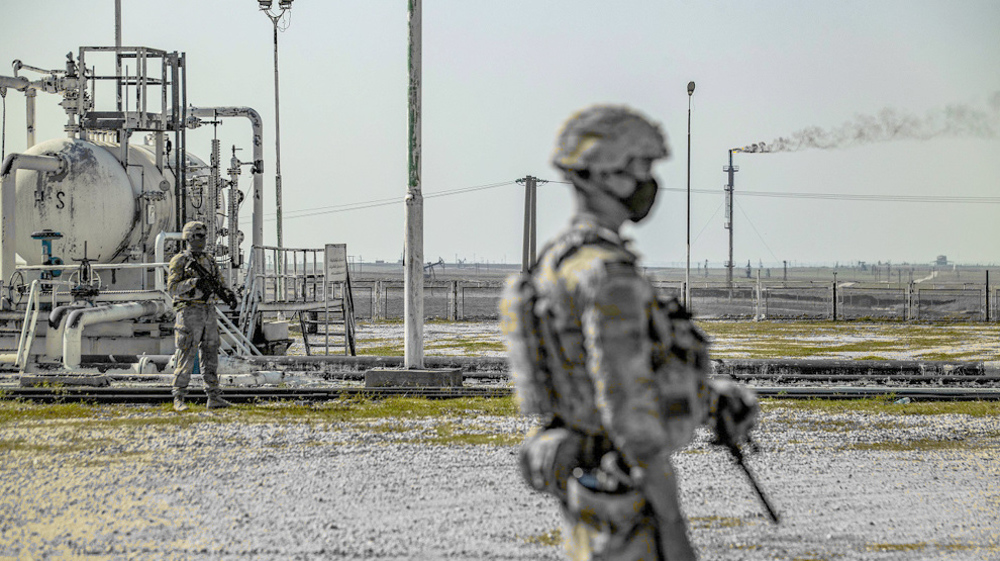 US military brings equipment to base in Syria's oilfield