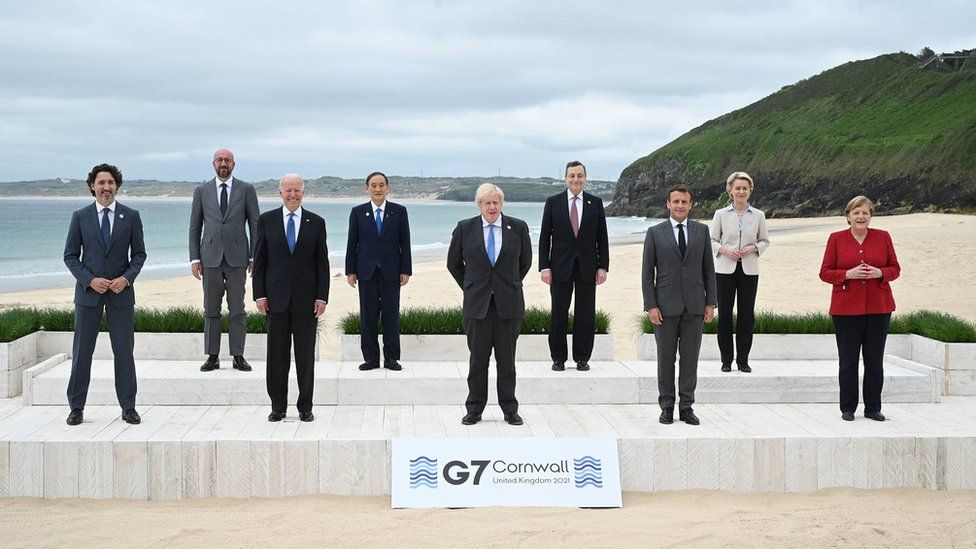 G7, surrender to self-made crises